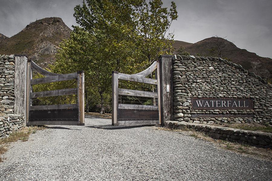 Waterfall gates